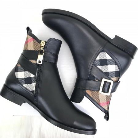 BURBERRY ANKLE BOOTS CLASSİC