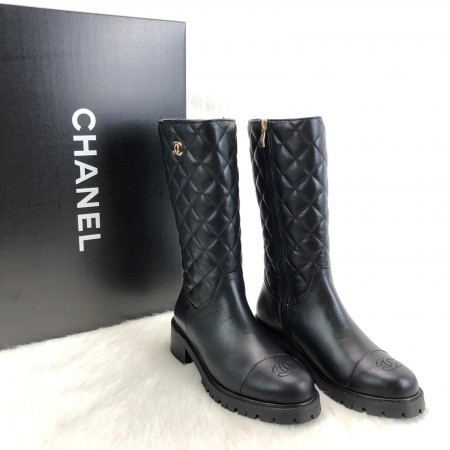 CHANEL QUİLTED LAMBSKİN BOOTS LİMİTED