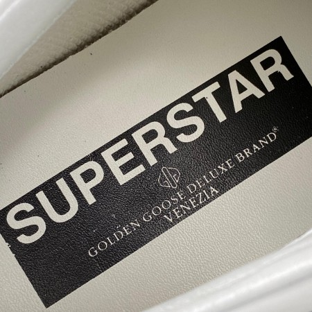 GOLDEN GOOSE SUPER STAR LİMİTED CLASSİC